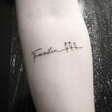 Familie Schriftzug Schwalben Symbol Like