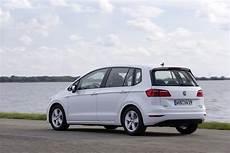 volkswagen reveals golf sportsvan tsi bluemotion with 1