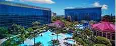disneyland hotel rooms services dining disneyland