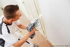 Neuer Anstrich W 228 Nde Spritzen Oder Streichen Maler Und