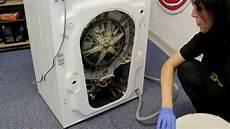 comment remplacer une courroie de machine 224 laver