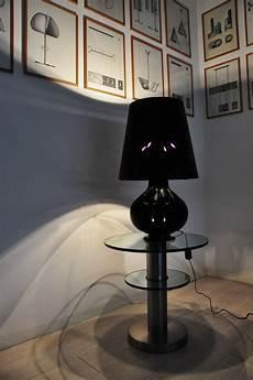 le de table fontana small h 34 cm verre noir