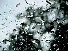 63 Gambar Air Hujan Di Kaca Mobil Infobaru