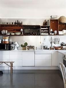 scaffali cucina cucina con scaffali o mensole