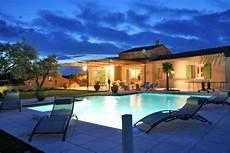 maison proven 231 ale avec piscine priv 233 e et jardin