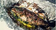 Forelle Im Backofen Alufolie - die perfekt gebackene ofen forelle mit gem 252 se