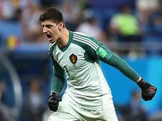 world cup 2018 thibaut courtois fans flames real