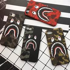 Bape Wallpaper Iphone 7 Plus by Coque Bape Camouflage In 2019 B Shark Camo Phone