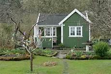 Kleines Gartenhaus Schwedenstil - gartenhaus im schwedenstil ein m 228 rchenhafter platz in