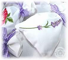Der Stickb 228 R Lavendels 228 Ckchen Stickmuster Mit Herz