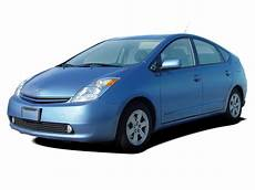 how to work on cars 2005 toyota prius interior lighting 2005 toyota prius reviews research prius prices specs motortrend