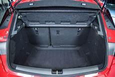 Opel Astra K In Der Vorserie Wirkt Der Kofferraum Noch