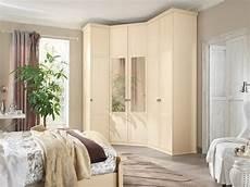 letto ad armadio matrimoniale design classico con armadio ad angolo