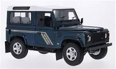 Land Rover Defender 90 County Station Wagon Metallic Green