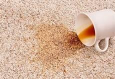 Mit Diesem Trick Flecken Vom Teppich Entfernen