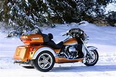 V News 2014 Roadsmith Harley Davidson Rushmore Trikes