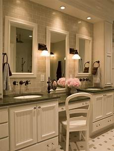 Master Bathroom Decorating Ideas Pictures Master Bathroom Makeup Vanity Home Design Ideas Pictures