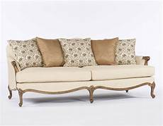 colonial sofas colonial living room klaussner