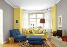 farbgestaltung im wohnzimmer in den wandfarben pearl gelb