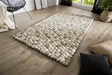 teppich steinoptik einzigartiger wollteppich organic 200x120cm grau filz