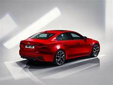 2020 jaguar xe top speed