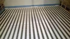 Was Kostet Fußbodenheizung - fu 223 bodenheizung trockenbau kosten aufbau verlegen so