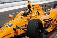 Mclaren F1 2018 - fernando alonso favours indycar like orange for 2018