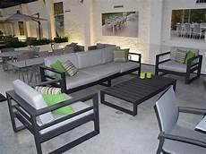 salon jardin aluminium salon de jardin 5 places en alu anthracite azuro