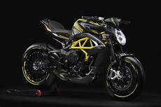 Mv Agusta Dragster 800 Rr Pirelli Debuts As Limited
