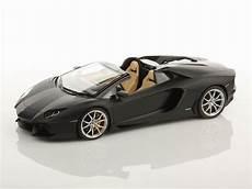 lamborghini aventador lp700 4 roadster 1 18 mr collection models