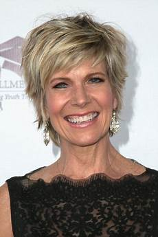debbie boone hairstyles debby boone divorce singer debby boone arrives at the songs of our lives benefit concert