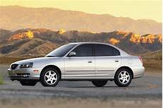 how to learn all about cars 2005 hyundai elantra interior lighting 2005 hyundai elantra pictures history value research news conceptcarz com