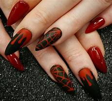 pin by arlene elizabeth on claws goth nails halloween