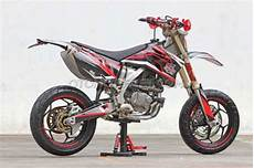 Modifikasi Honda Tiger 2000 by Modifikasi Honda Tiger 2000 Jadi Supermoto Keren Go Goblog
