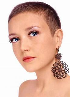 womens short hairstyles for thin hair short hairstyles 2018 2019 most popular short
