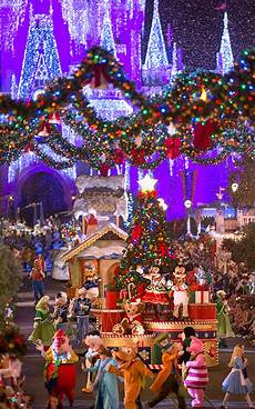new additions to mickey s very merry christmas party 2014