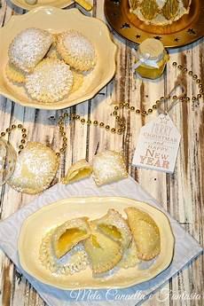 crema pasticcera con biscotti sbriciolati biscotti crema al limone golosissimi con morbido ripieno