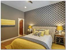 Yellow And Grey Wallpaper Bedroom Ideas by Grey And Mustard Bedroom Bedroom Ideas