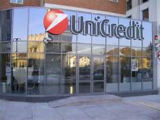 unicredit it unicredit assume nuovi addetti allo sportello in italia