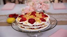ingles strawberry cake ingles table sarah elizabeth strawberry lemon cream cake youtube