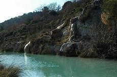 bagni termali toscana terme bagno vignoni piscine termali libere in toscana
