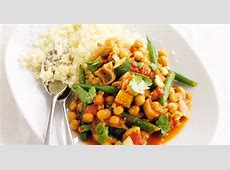 couscous with spiced chickpeas and figs_image