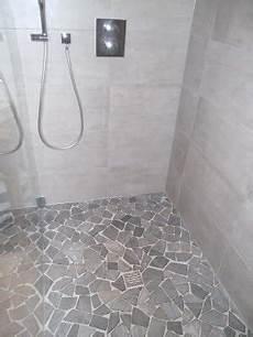 fertiger boden dusche naturstein bruchmosaik mit gef 228 lle