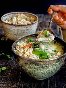 Curry Mit Kokosmilch - thai fish curry with coconut milk greens sardines