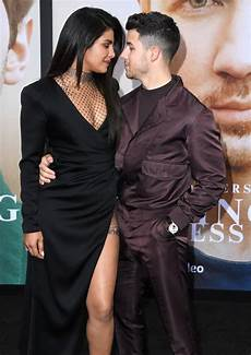 nick jonas priyanka chopra nick jonas looking at priyanka chopra pictures popsugar