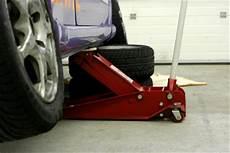 garagenbodenfarbe sorgen sie mit einem frischen anstrich