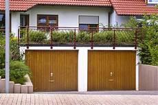 dachaufbau garage garagen mit dachaufbau
