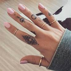 55 Most Beautiful Tiny Ideas For Finger