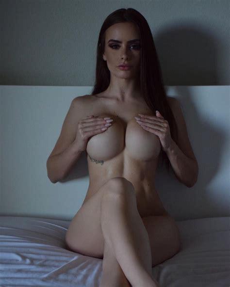 Emilia98xxx Webcam