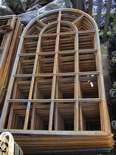 eisenfenster stilvolles fenster wie altes aus fabrik